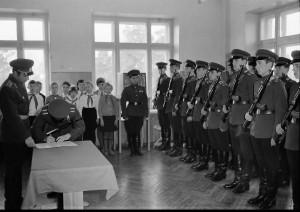 Принятие присяги первыми курсантами НВВПОУ, 1967 г.